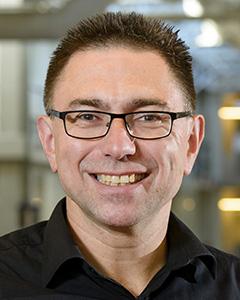 Prof. Dr. Manfred Wuhrer